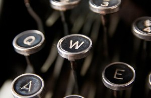 Letter W key on Underwood typewriter